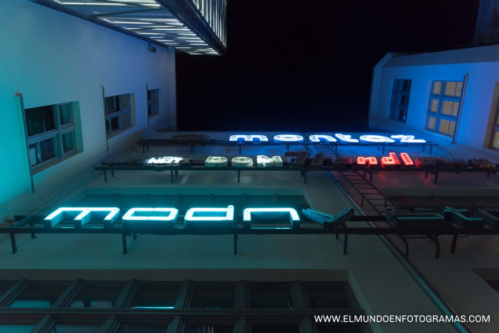 neon-gallery-Wroclaw