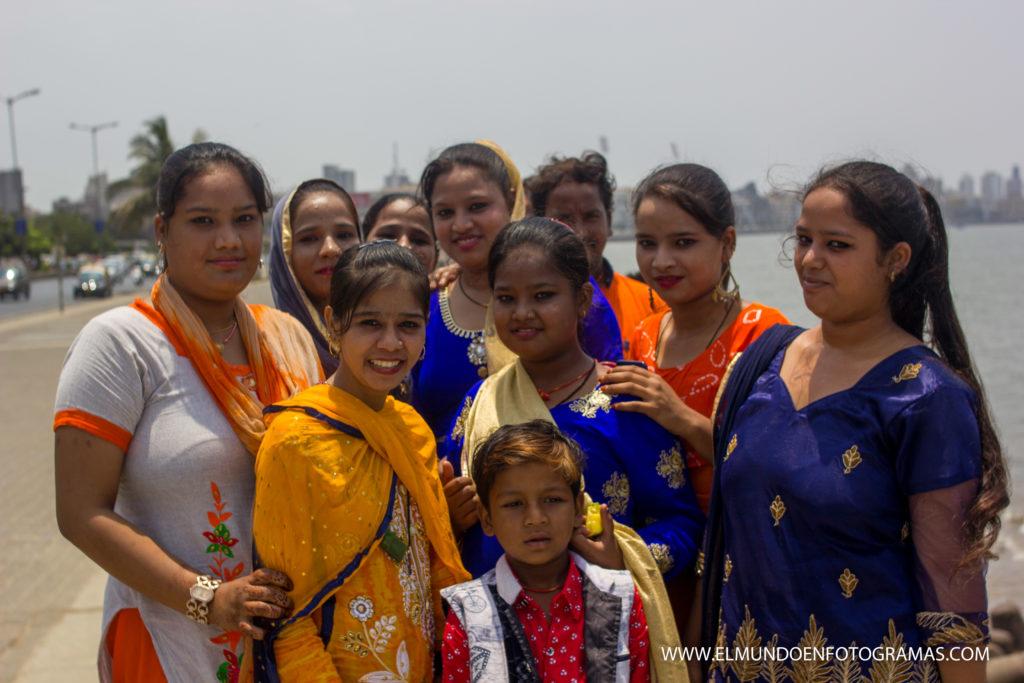 mujeres-mumbai
