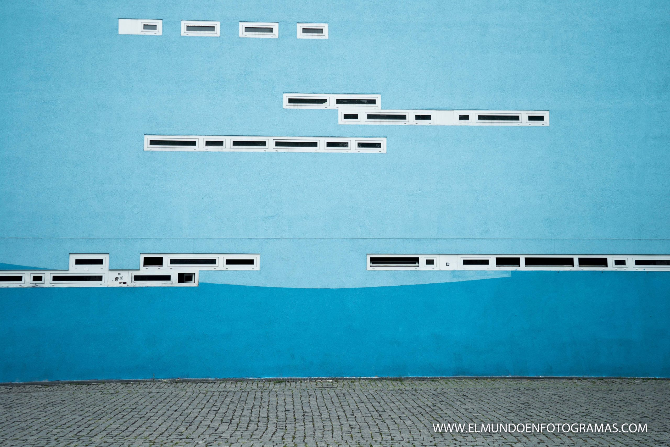 pared-azul