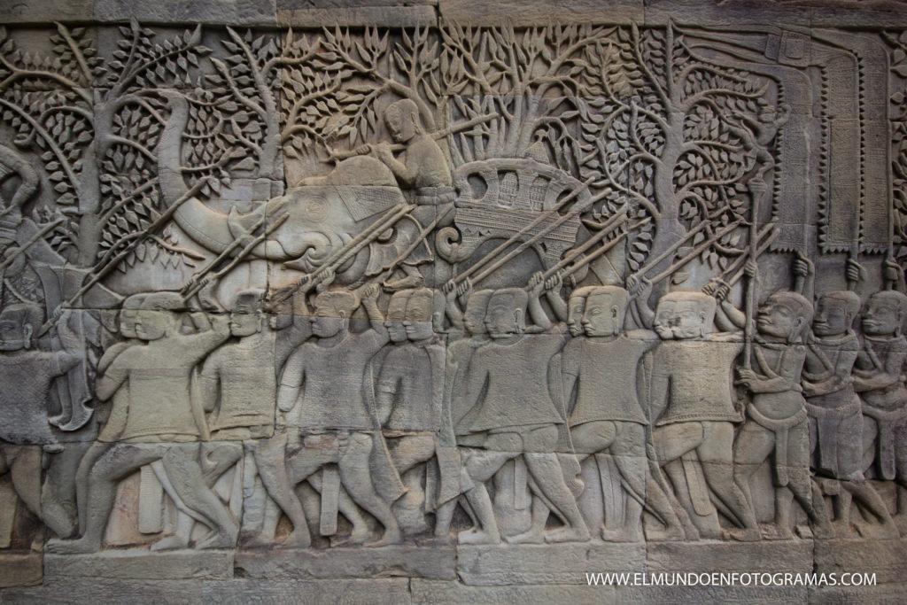 relieve-templo-bayon